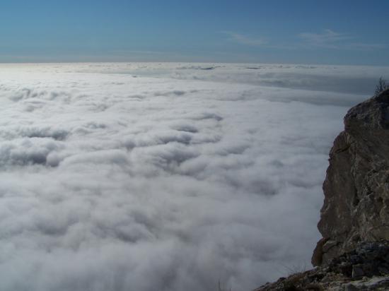 ST VICTOIRE mer de nuages