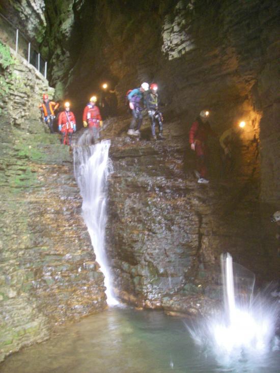 sauts dans la grande cascade