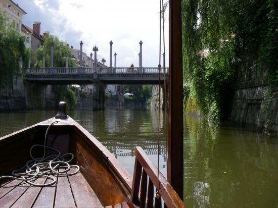 ballade en bateau a la capitale