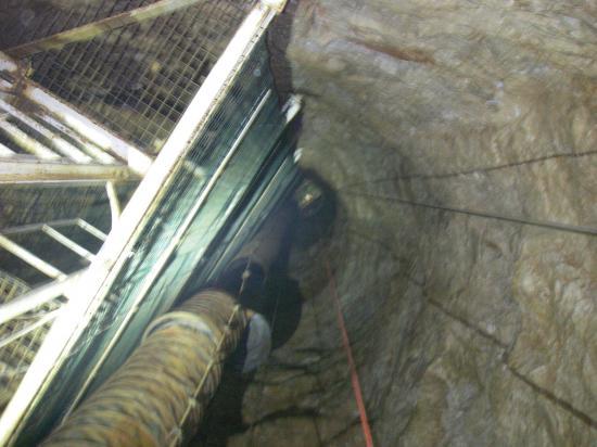 puits d'accés 45m