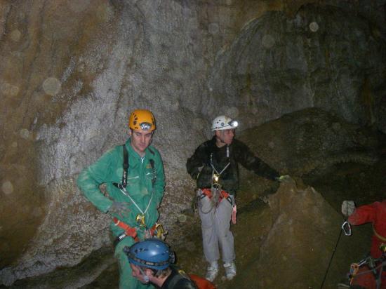 initiation à la spéléologie grotte de saint eucher