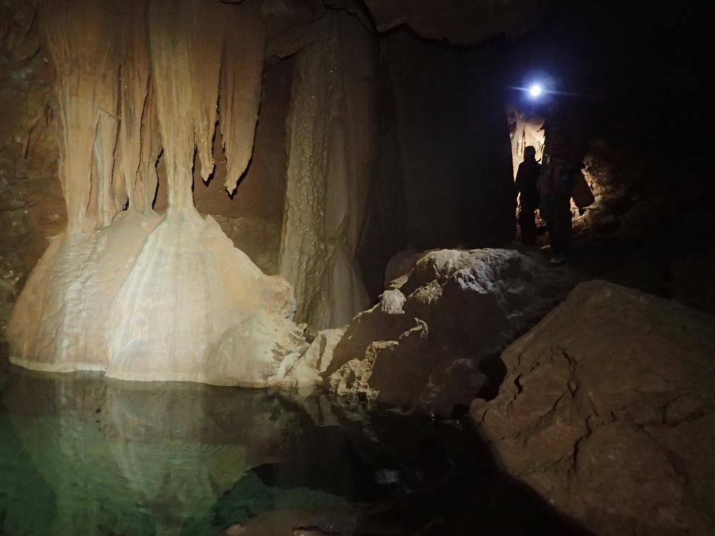 Exploration Gouffre de l'eau delà
